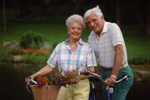 senior-coupld-biking